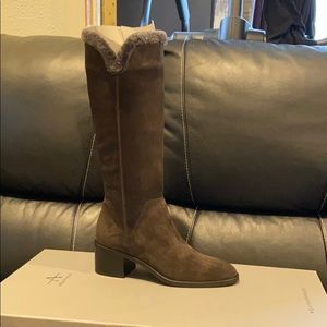 Aquatalia Jocelyn suede boots in gray